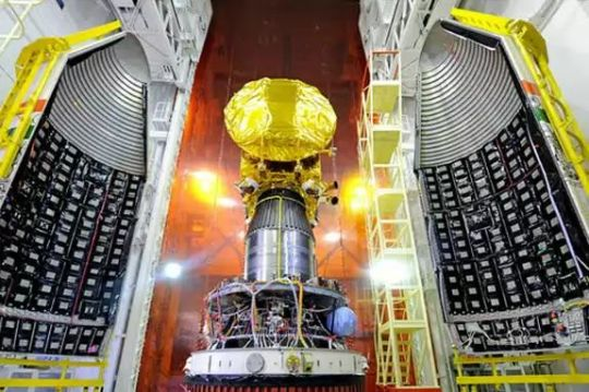 Mangalyaan mounted on the Rocket