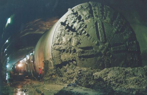 Rail tunnel Drilling