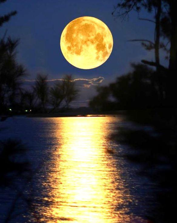super-moon-11